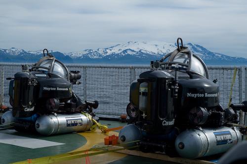 Deepworkers-aboard-Esperanza