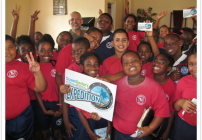 Elementary school students in the U.S. Virgin Islands with The Ocean Doctor (Photo: Nicolas Drayton)